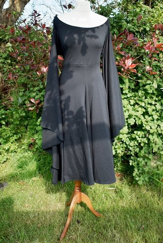 Fae of the Falls Midi Dress