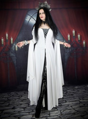 Confessor Gown
