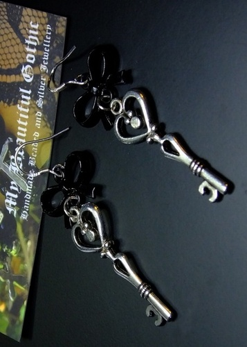 My Beautiful Gothic Key To My Heart Earrings