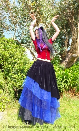 "Gypsymoon Skirt 8-10 5'7"" Black and Blue"